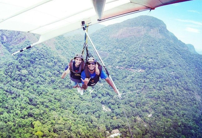 The hang gliding flight in Rio de Janeiro commences with a ground lesson we prepare you for your involvement in the flight. Click Here!