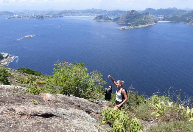Hiking SugarLoaf mountain, the most classic hike in Rio de Janeiro. A mountaineering tour that mixes trekking and easy rock climbing. Book Now!
