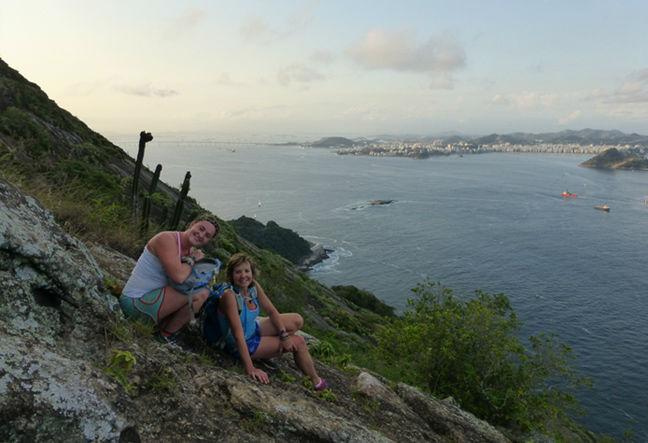 Saiba como subir a pé até o Pão de Açúcar · Conheça a trilha do Costão com um pequeno trecho de escalada · Clique Aqui!