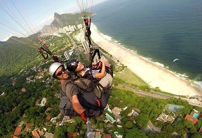 Paragliding in Rio de Janeiro is a very safe activity. Rio Natural provides daily flights. Optional services include videos and photos. Click Here!