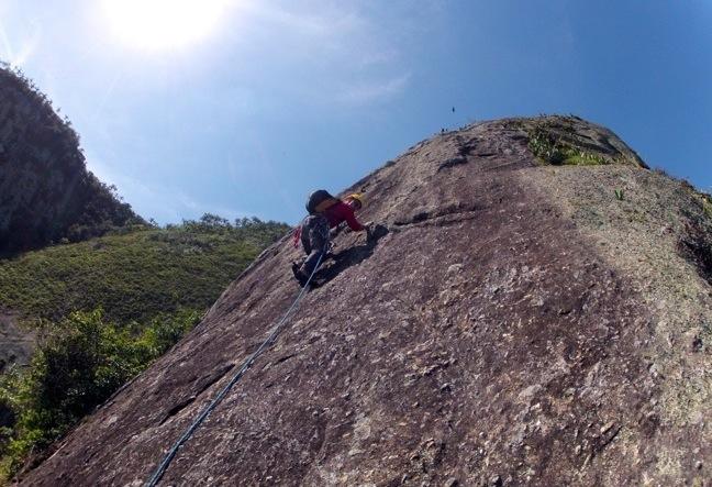 Climbing sugarloaf mountain Rio de Janeiro - Escalada RJ